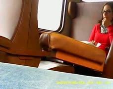 jerk for two sexy girls in da train