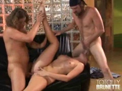 Horny brunette harlot Lauren Phoenix getting smashed by two giant cocks